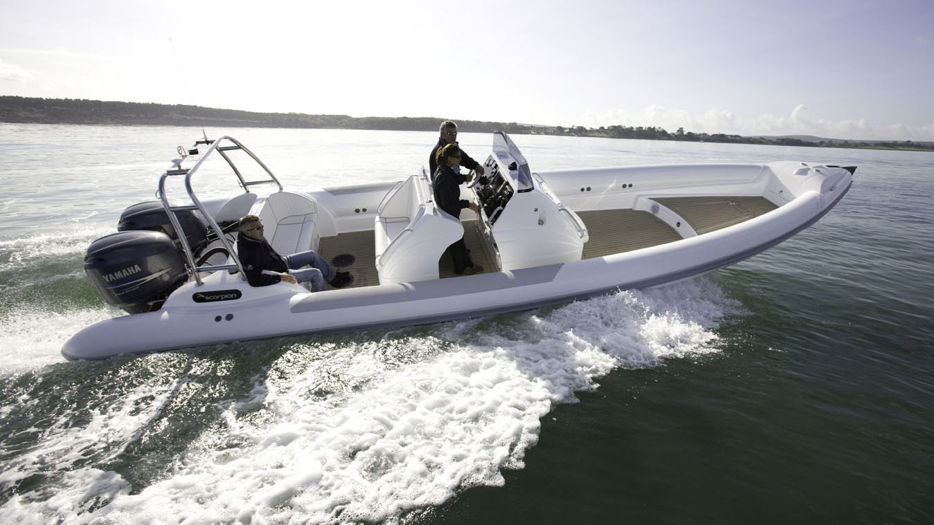 dual outboard superyacht tender